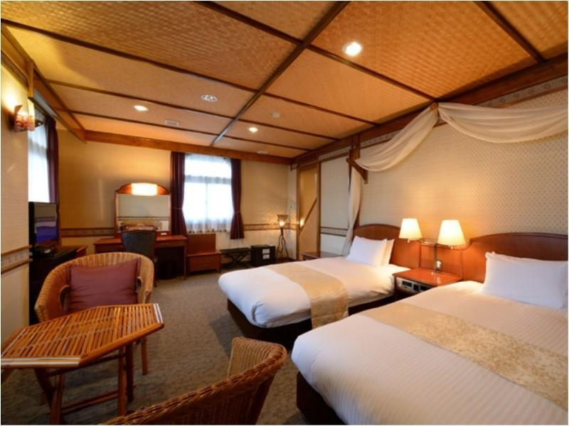 Deluxe Twin Room (Asian Type)