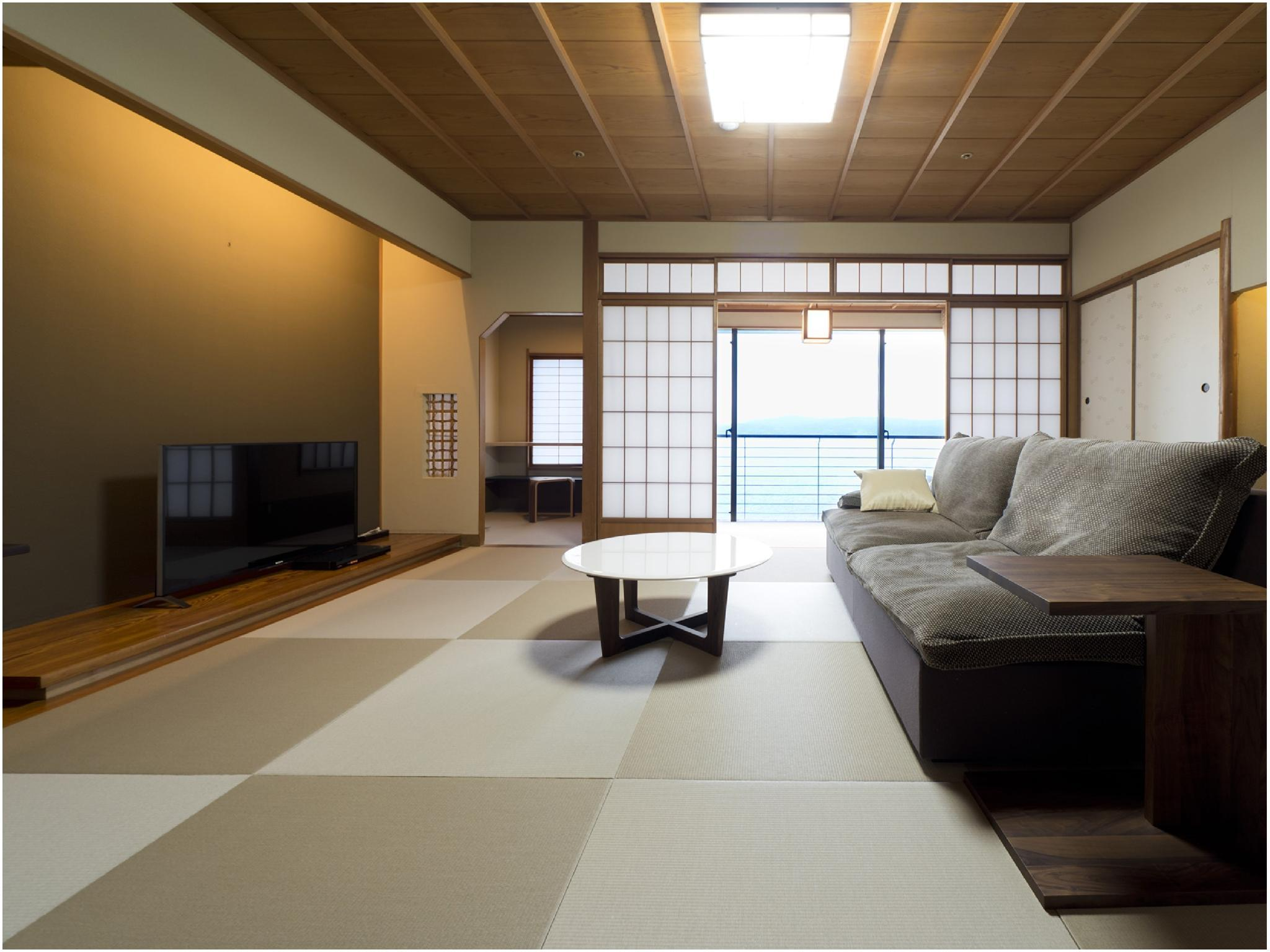 Japanese/Western-style Room (Twin Beds) *Ocean side view