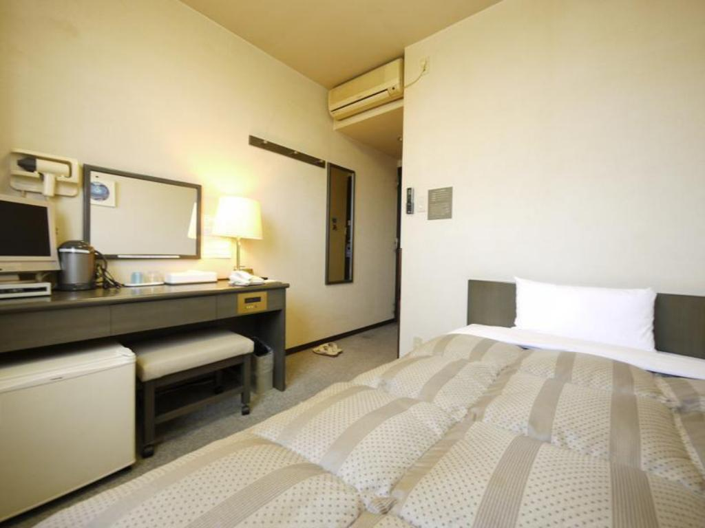 Single Room *Has bath - Guestroom Hotel Route-Inn Court Kashiwazaki