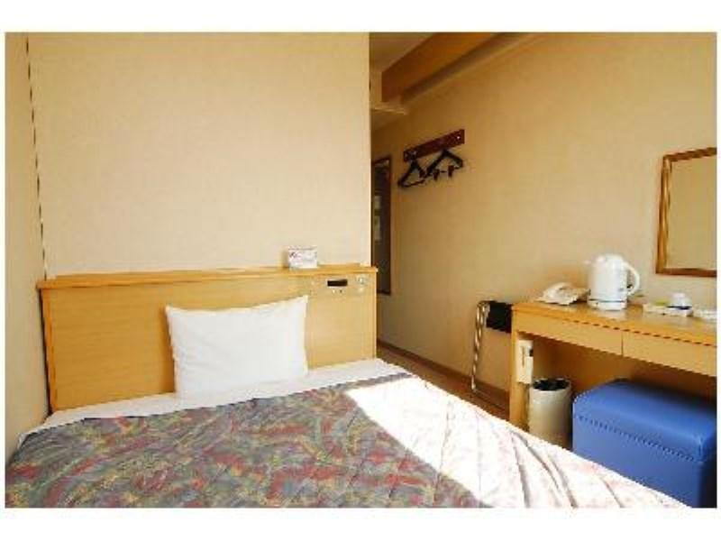 【禁煙】(1~2名)Wベッド◆バス無◆ 7/1~内装リニュー (Single Room *No bath in room, Refurbished July 1)