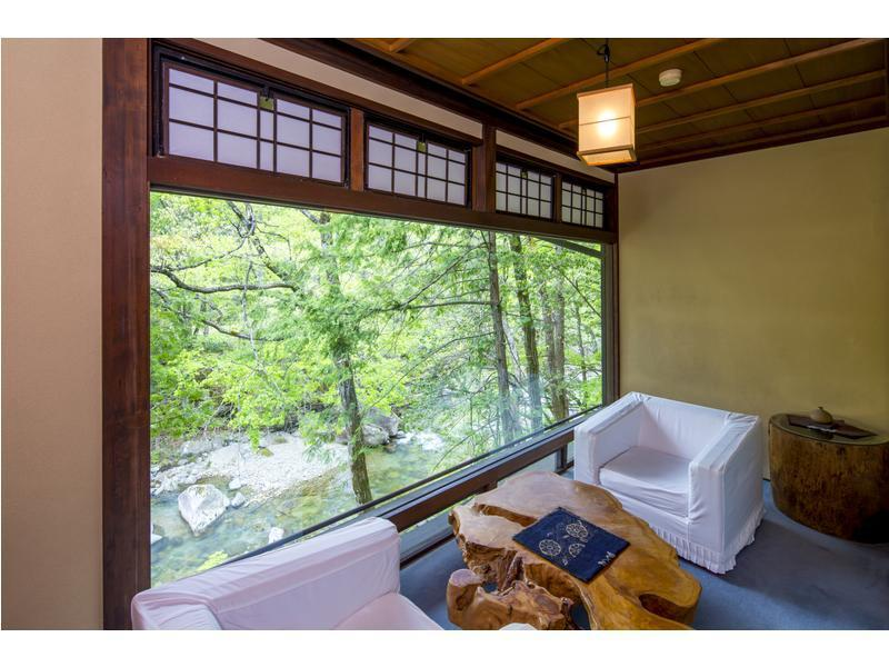 和室|10畳+次の間9畳 (Japanese-style Room (Miya-no-Ma Type, Main Building))