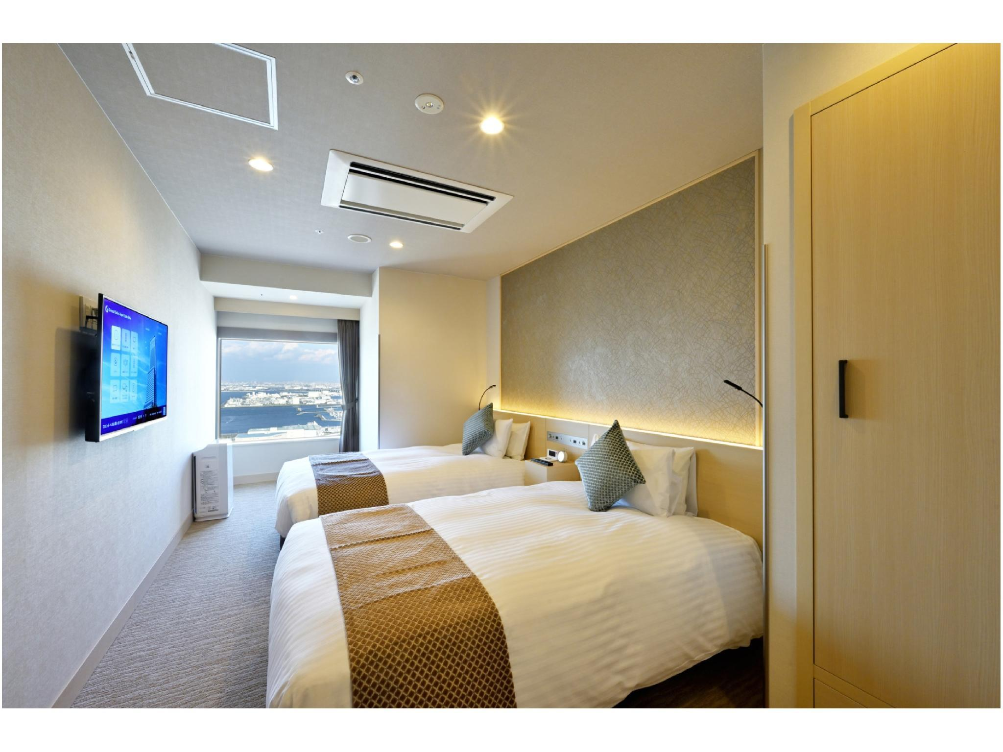 Superior Twin Room (Bay View)
