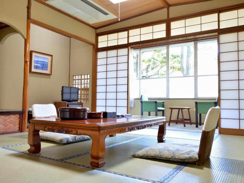 Japanese-style Room *Has toilet, no bath in room - Guestroom Mitsui Bekkan