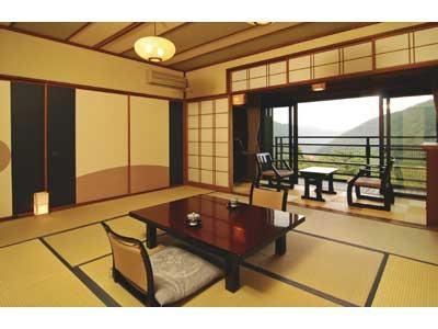 Japanese-style Room with Terrace (Kasumi Wing)