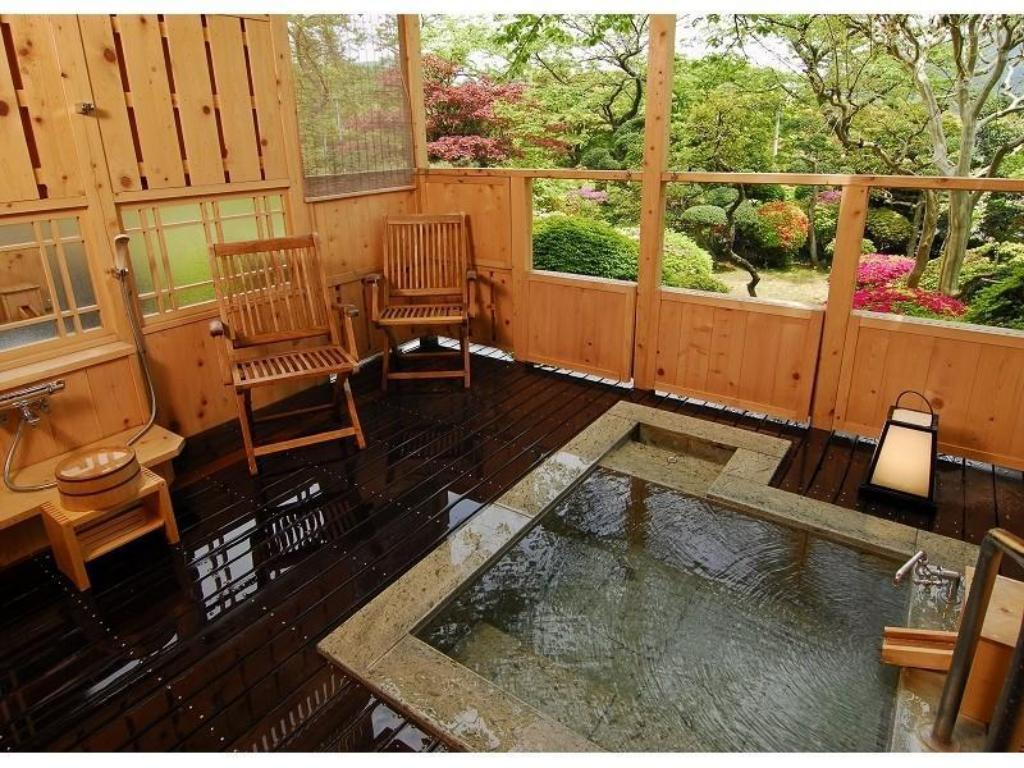Japanese-style Room with Terrace Open-air Bath (Kasumi Wing) - Guestroom