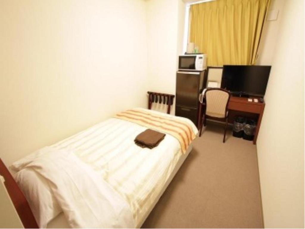 Single Room - Guestroom Hotel Peace Island Miyakojima City Hall Street