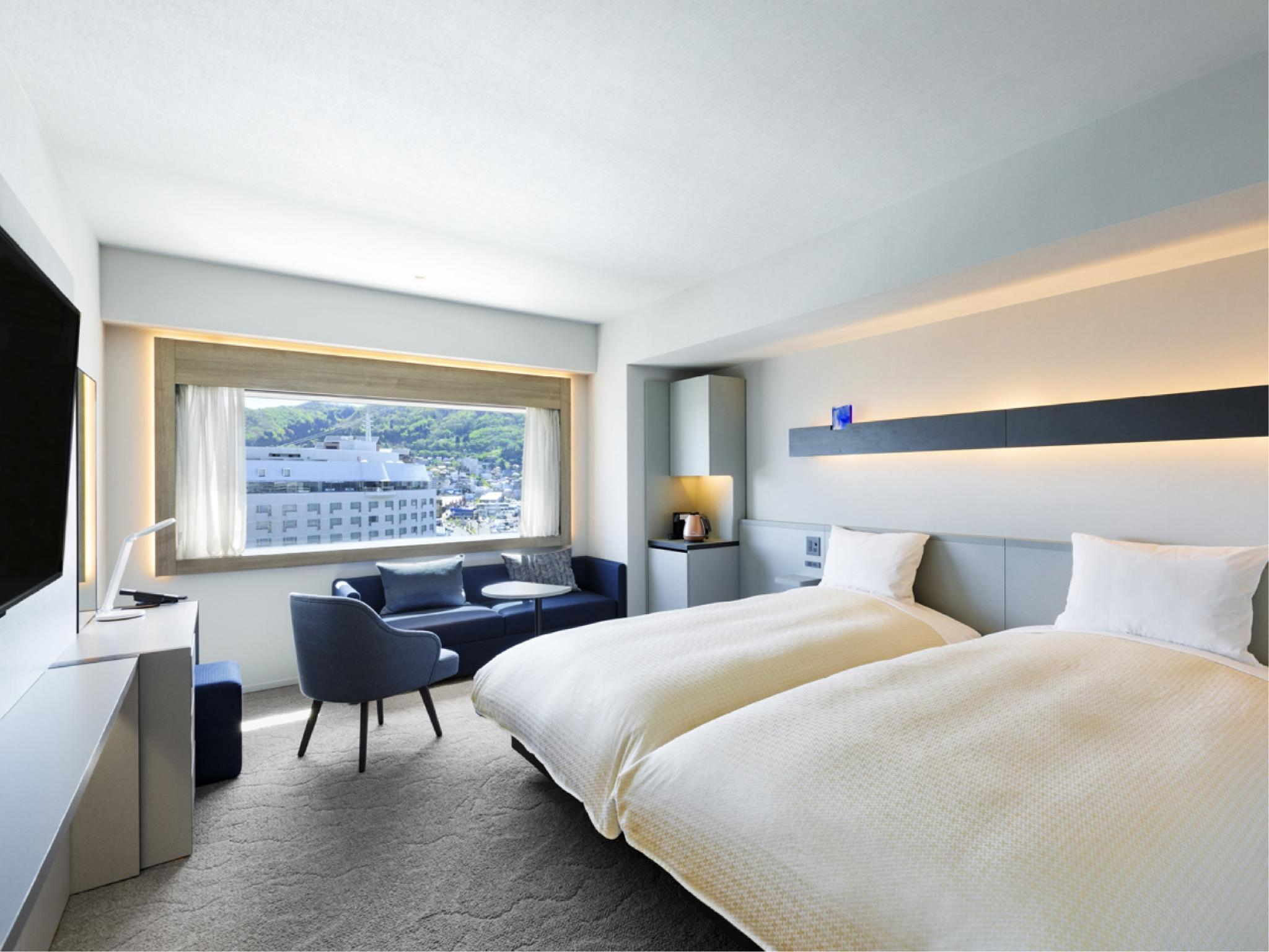 Deluxe Twin Room (Standard Floor)