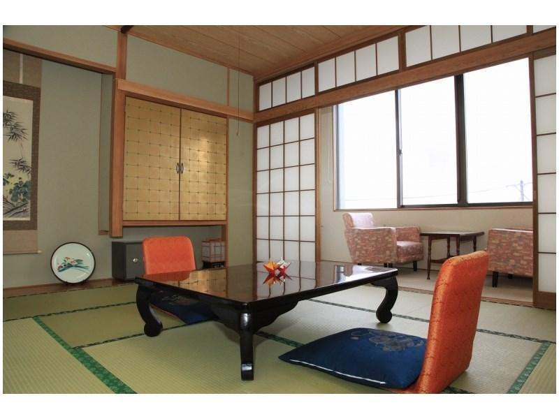Japanese-style Room *Has Modular Bath