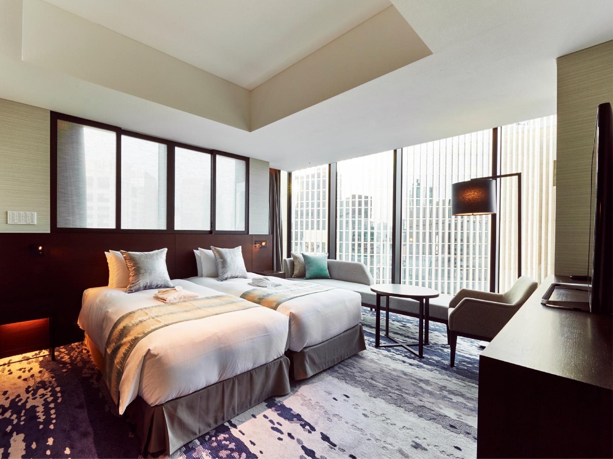 Luxe Hollywood Twin Room