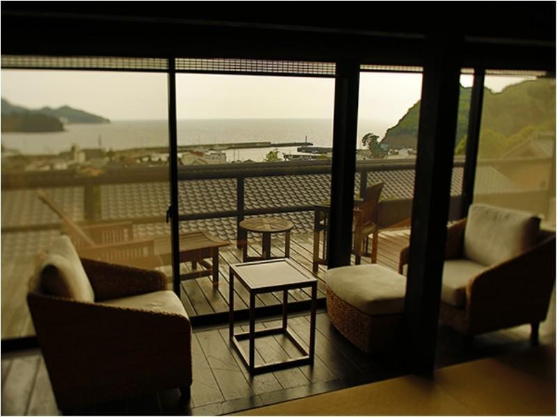 Detached Japanese/Western-style Room with Open-air Hot Spring Bath