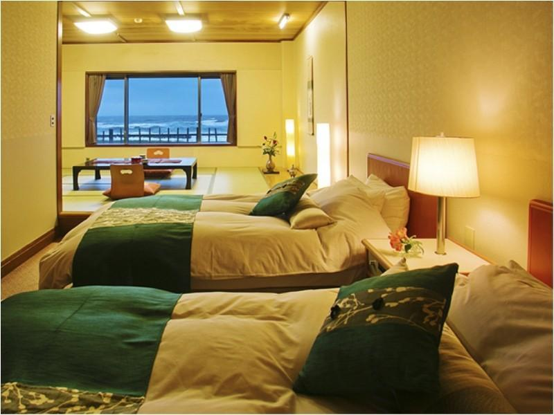 Japanese/Western-style Twin Room (10 tatami or 12 tatami + Twin Room)