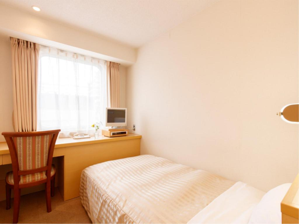 Single Room Type A - Guestroom Hotel Pearl City Akita Omachi