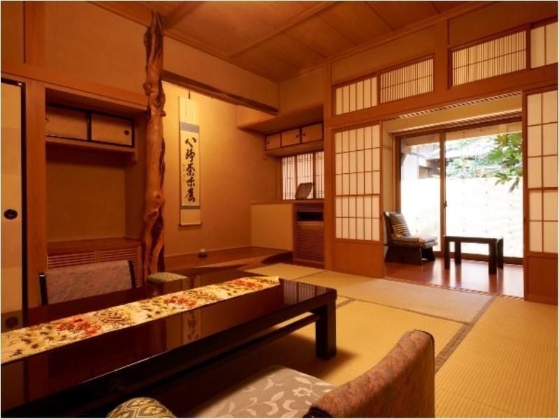 松籟亭:若菜 離れ和室 広々10+10畳/源泉ジャグジー|76平米+次の間 (Detached Japanese-style Room with Hot Spring Jacuzzi Bath (Wakana Type, Shorai-tei Wing))