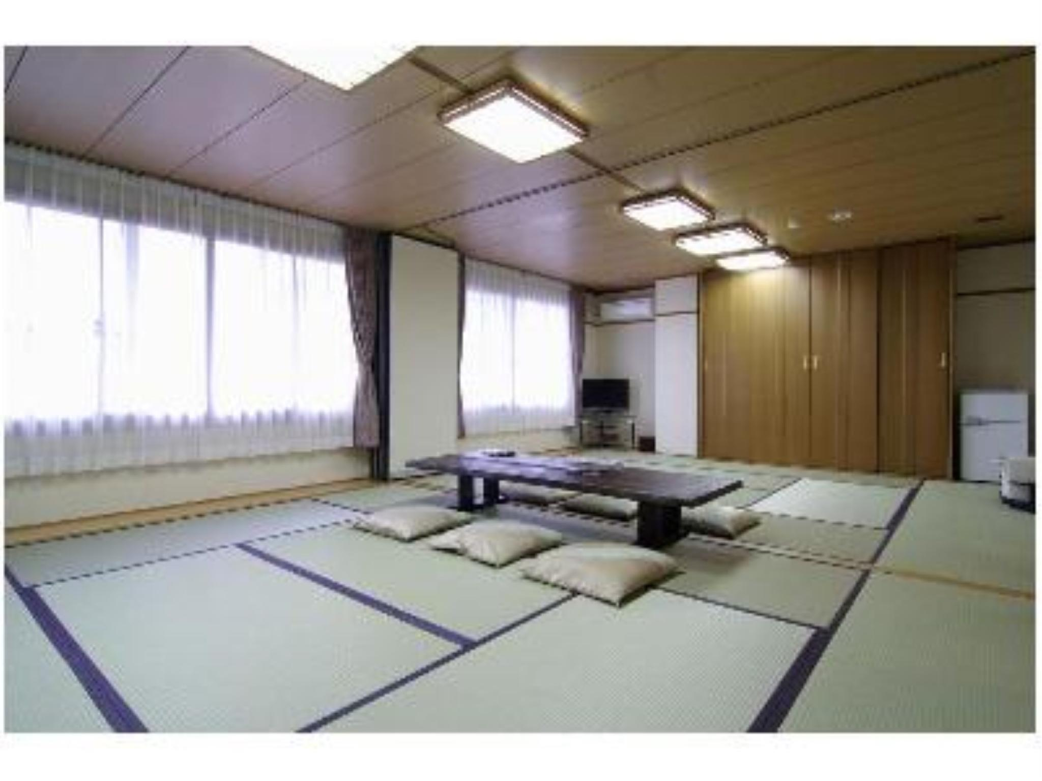 Japanese-style Room (Ohara Type) *No bath or toilet in room
