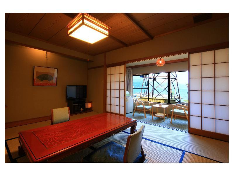 Japanese-style Room with Hiroen Space (No. 211)