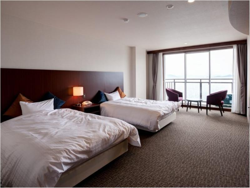 Twin Room (Ocean View, Umi Wing)