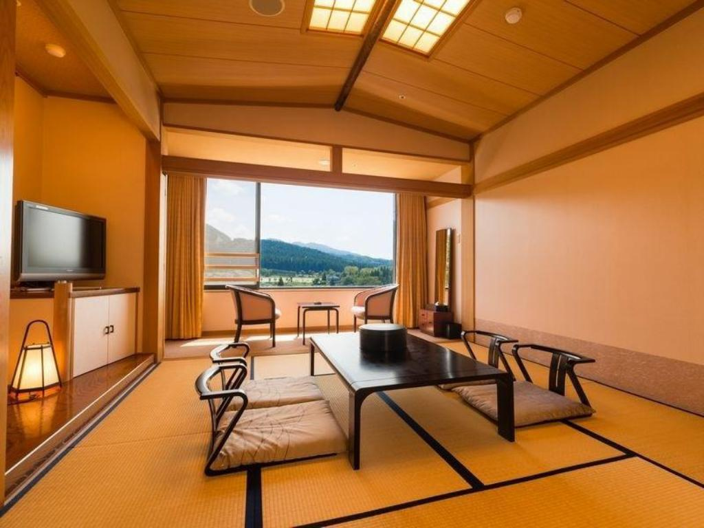 Japanese Style Room - Guestroom Royal Tainai Park Hotel