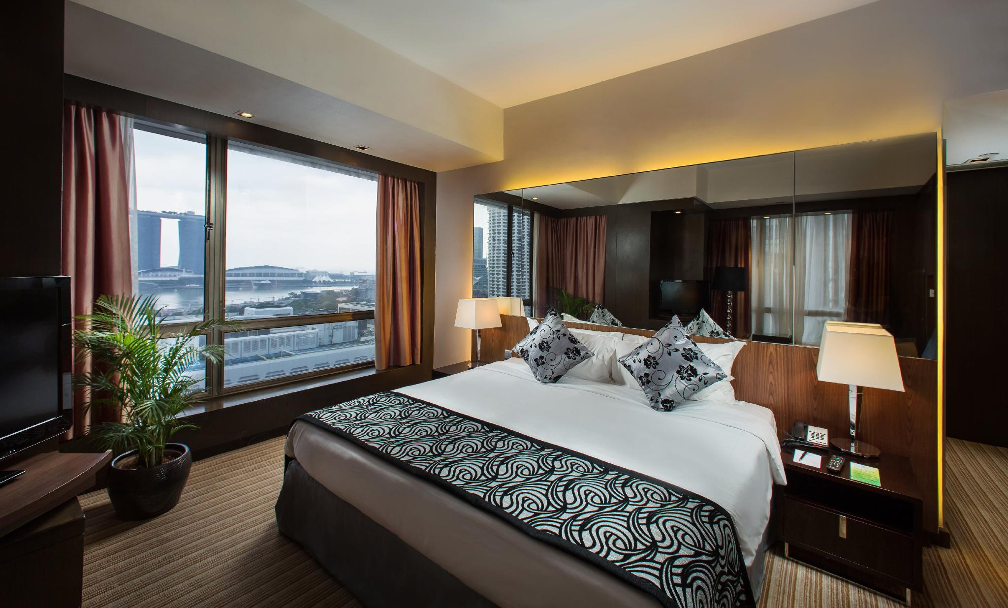 Peninsula Excelsior Hotel in Singapore - Room Deals