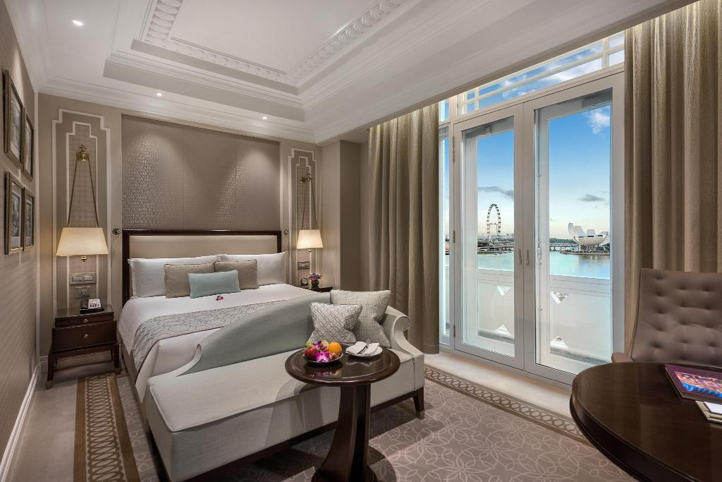 Marina Bay View Room  - Bed