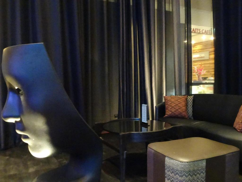 ロビー Rendezvous Hotel Singapore by Far East Hospitality (SG Clean Certified)