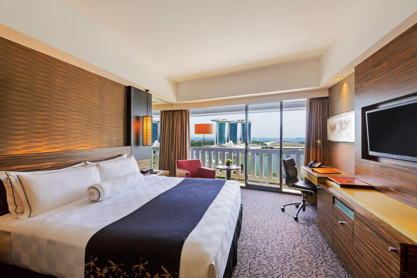 COLLECTION Club Marina Bay Room with King Bed
