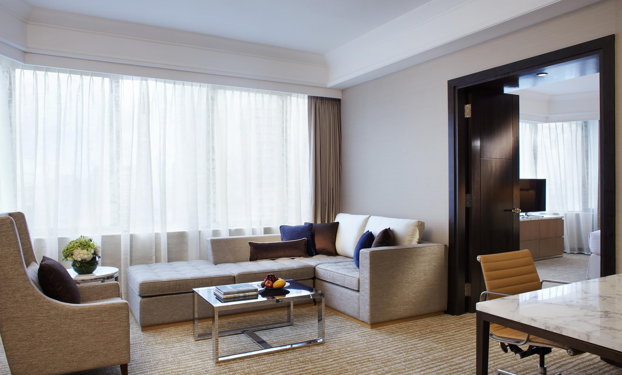 Junior Suite, Executive lounge access, High floor