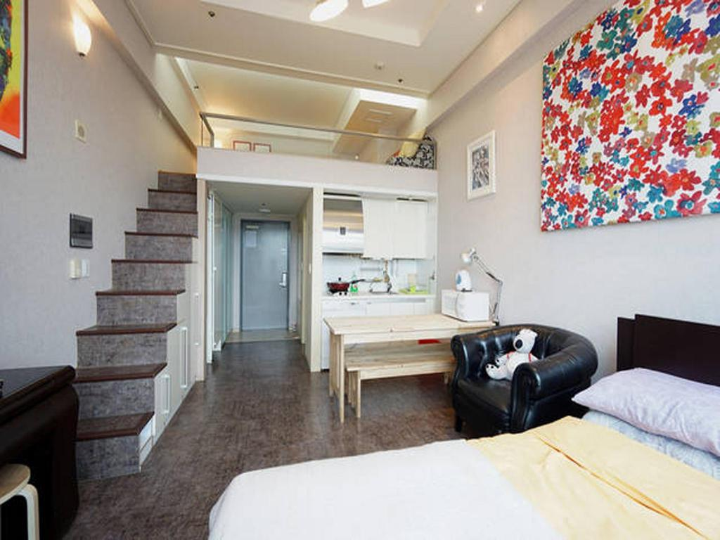 Quad Deluxe - Interior view Kangs Duplex at Seoul Station