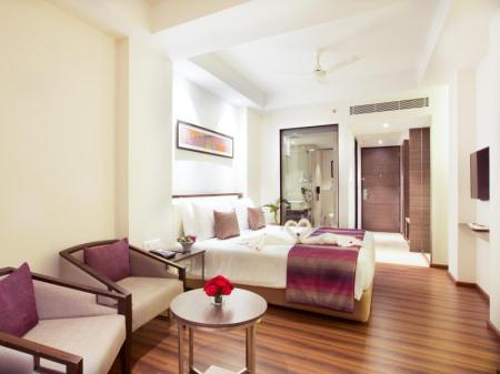 Vista interior Grand Kakinada by GRT Hotels