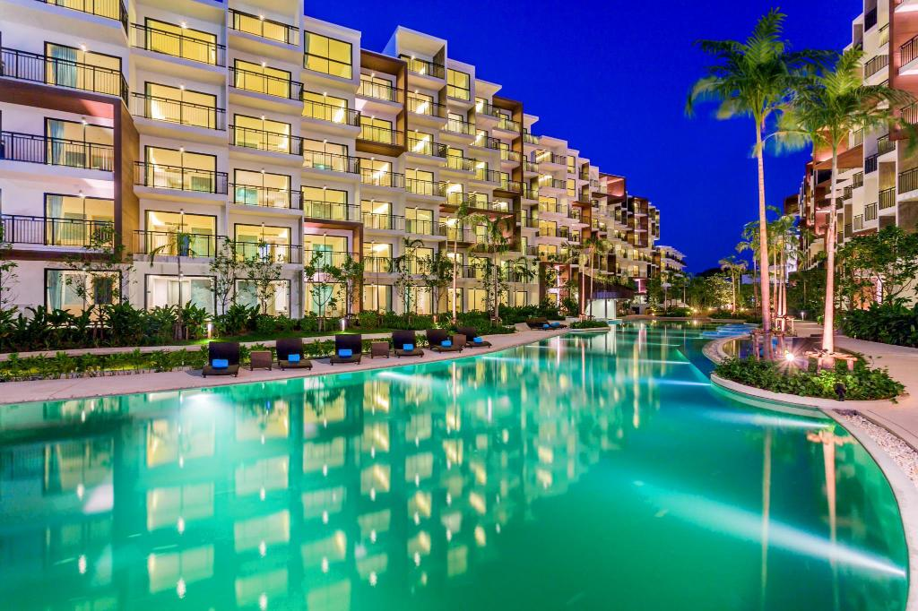 πισίνα [εξωτερική] Centra by Centara Maris Resort Jomtien