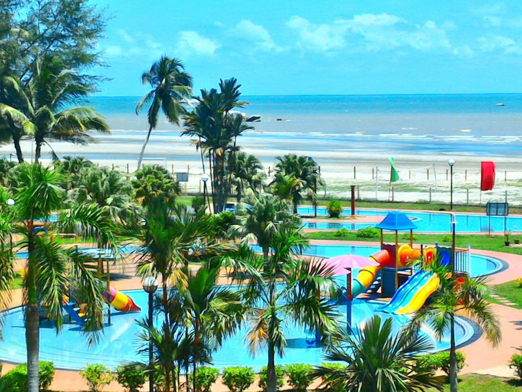 Best Price on De Rhu Beach Resort in Kuantan + Reviews