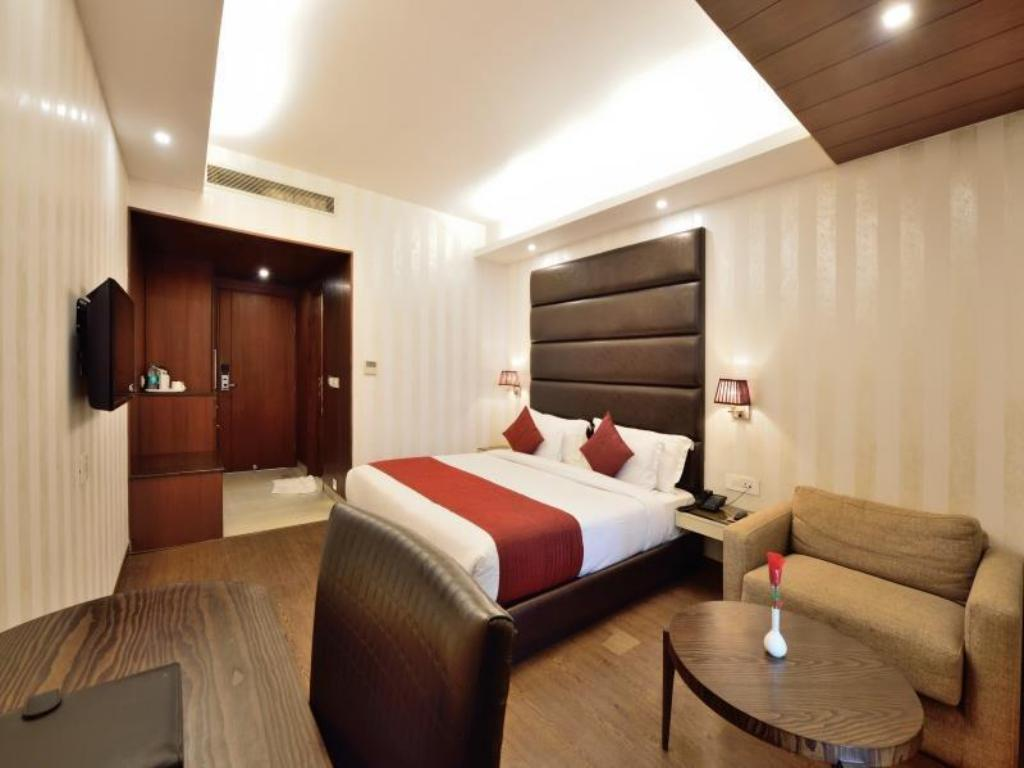 Kamar Executive - Kamar tidur Hotel The JK @ Nehru Place