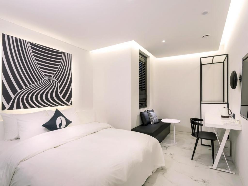 Deluxe Double - Guestroom Hotel the Designers Dongdaemun