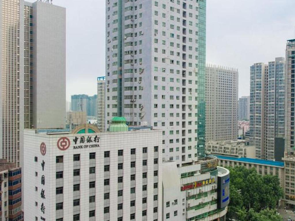 Pemandangan luar Xian Mark and Henry Apartment
