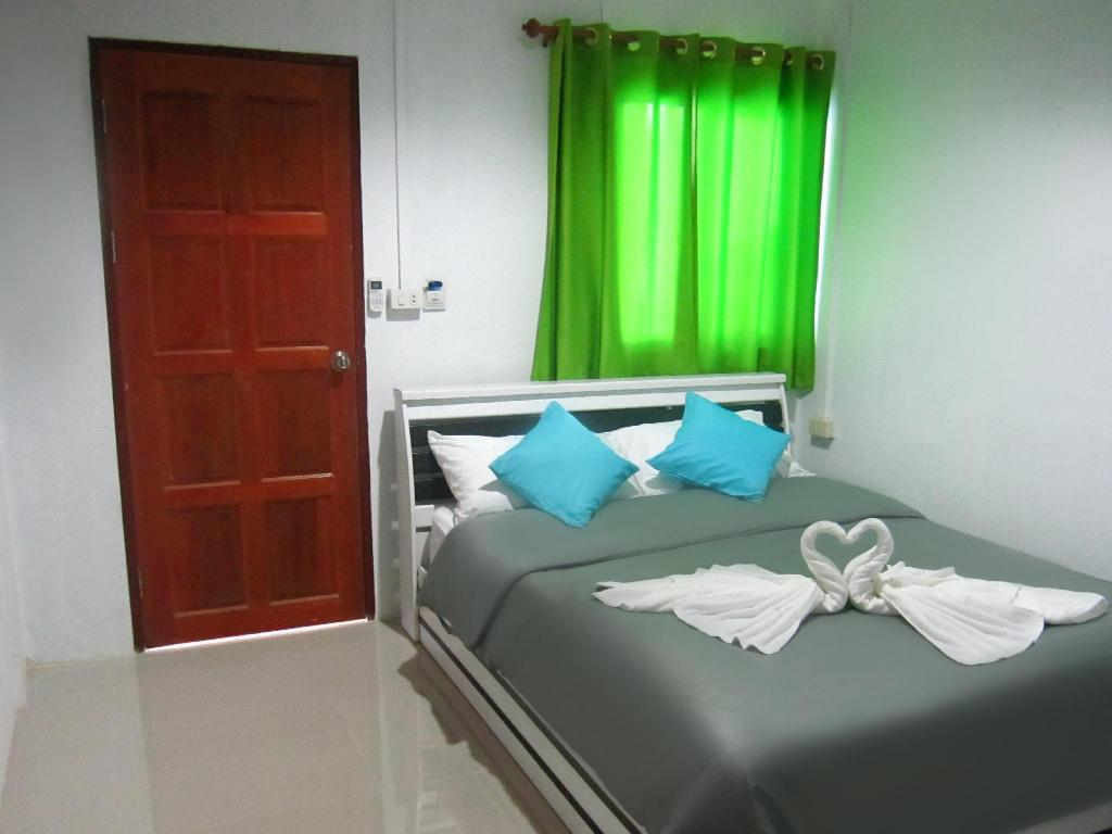 Standard Double Air Conditioning - Bed Lipe Corner Guesthouse