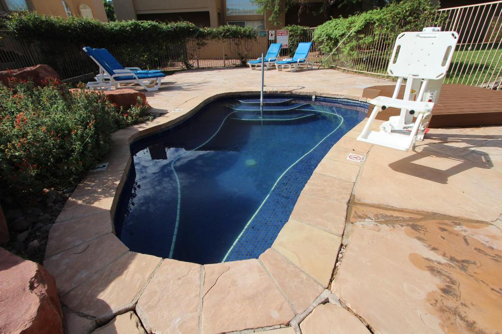 Pool Sedona Springs Resort a VRI Resort
