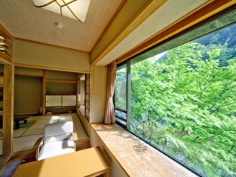Japanese Style Suite Room