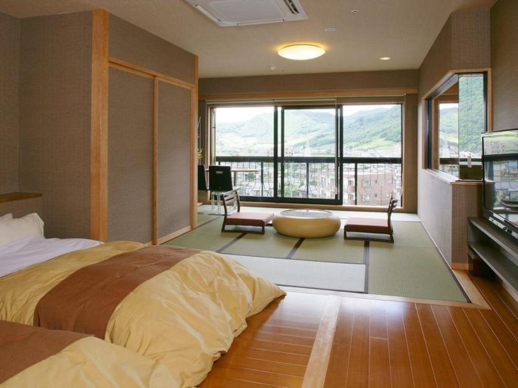 Japanese Style with Open-Air Spa - Guestroom Hanayagi no Sho Keizan