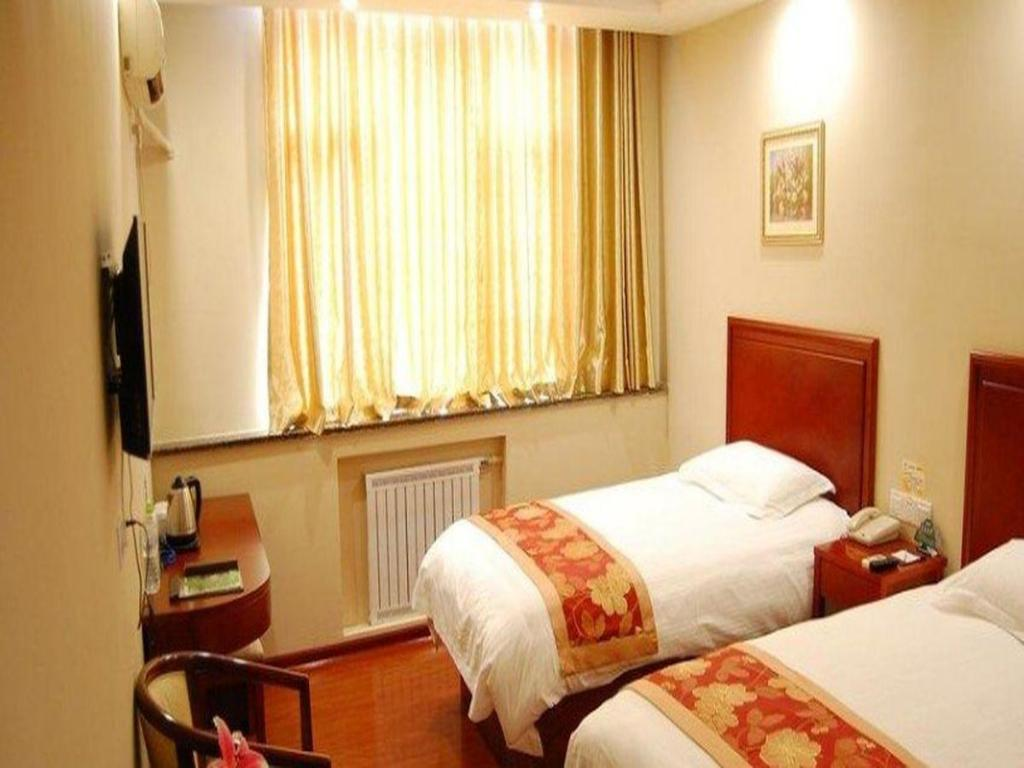 Twin - Domestic residents only - Guestroom GreenTree Inn Shandong Jinan Shanda Road Technology Markets Business Hotel