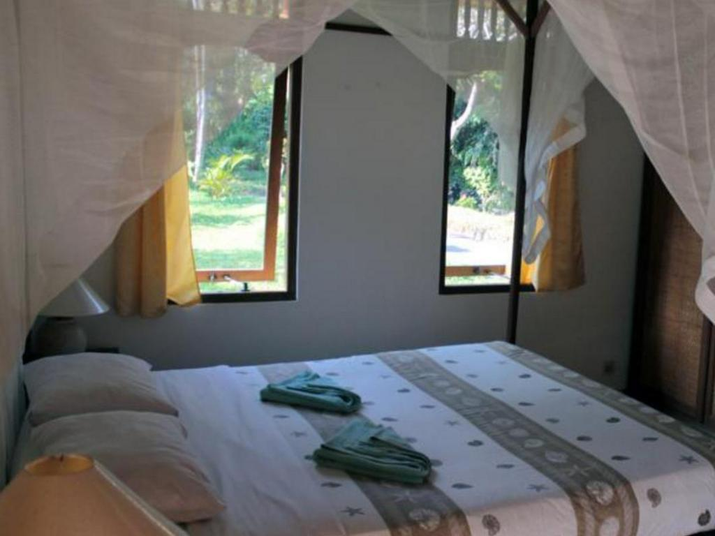 Bungalow - 1-Bedroom - Bed Guest house Surya Mulia