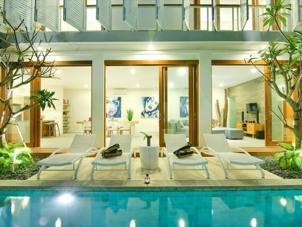 LUXURY!! 4BR VILLA AZURE IN THE HEART OF SEMINYAK