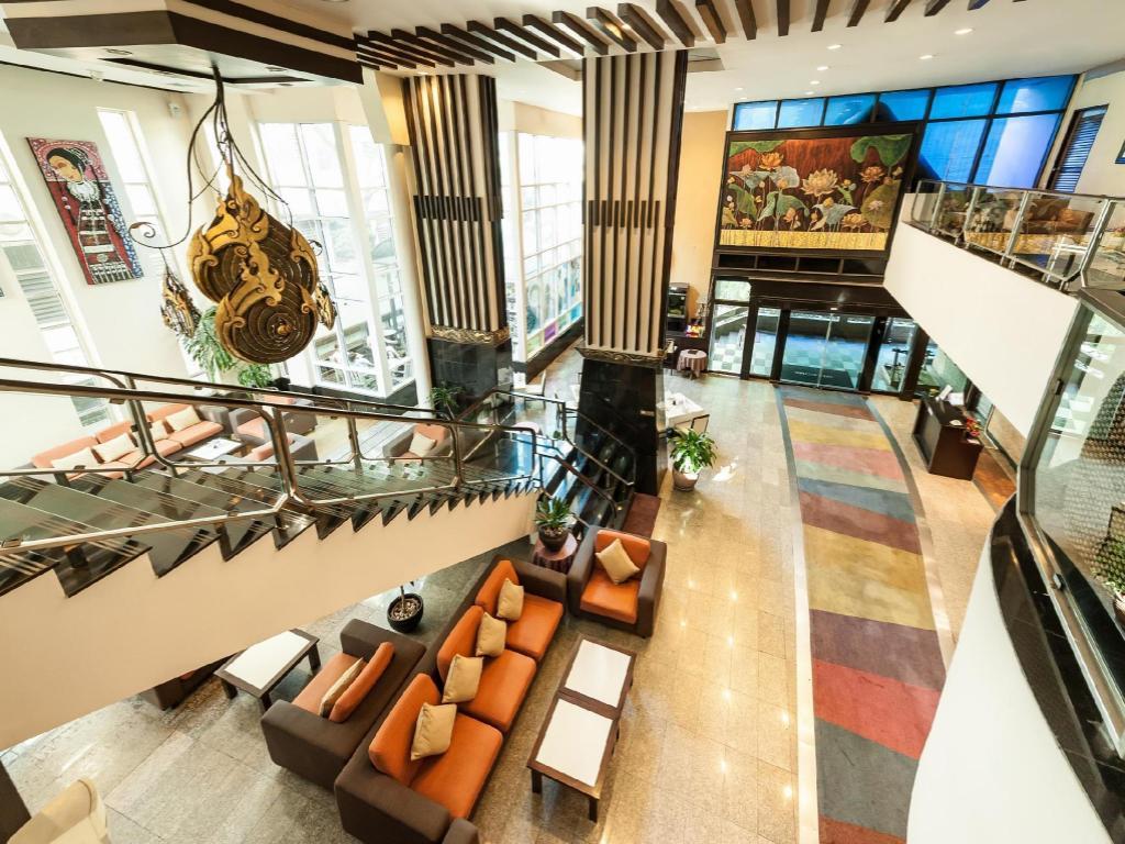 best price on pinnacle lumpinee park hotel in bangkok reviews lobby