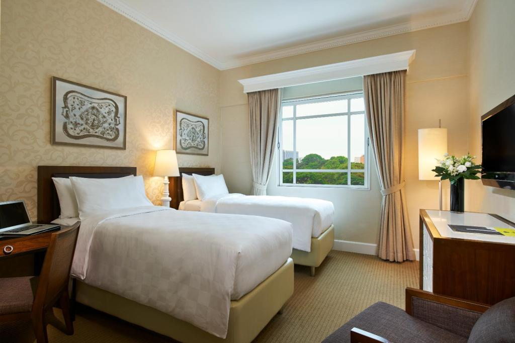 Superior - Bedroom Rendezvous Hotel Singapore by Far East Hospitality (SG Clean Certified)