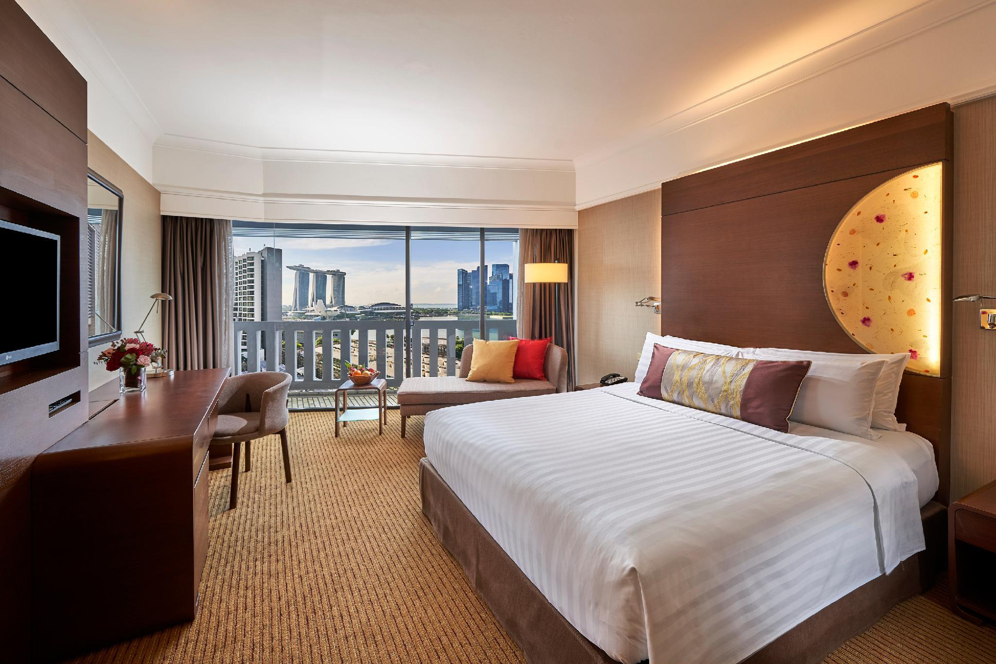 Deluxe Marina Bay Room
