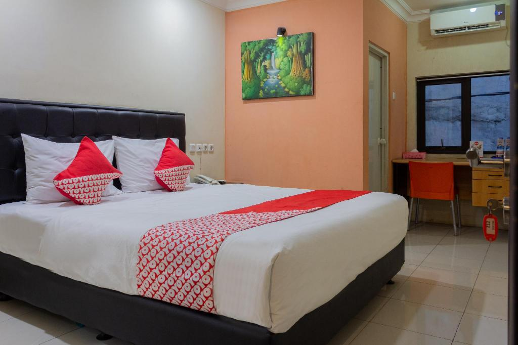 OYO 989 Audah Guesthouse Syariah Room Deals Reviews & s