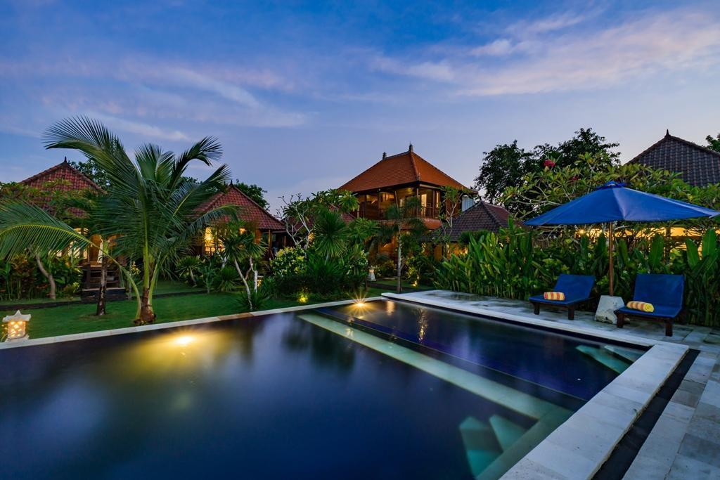 Vista exterior The Cozy Villas Lembongan