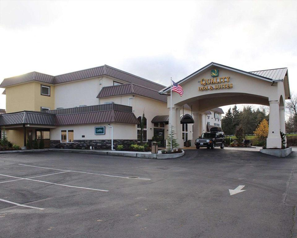Quality Inn and Suites Tacoma - Seattle