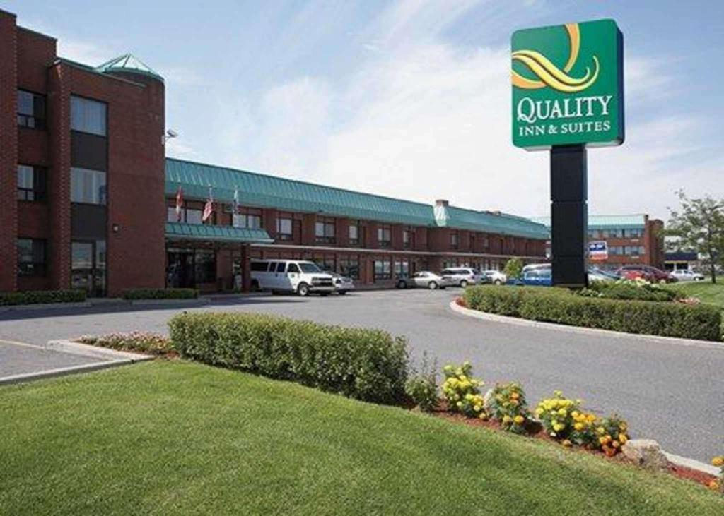Quality Inn and Suites P.E. Trudeau Airport