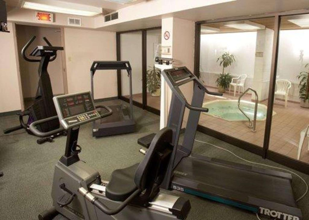 Fitnesa centrs Quality Inn and Suites P.E. Trudeau Airport