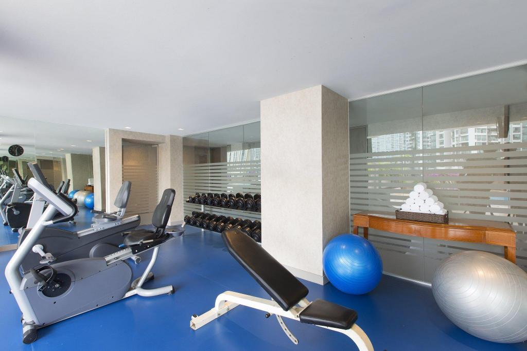 Fitness center Four Points by Sheraton Singapore Riverview