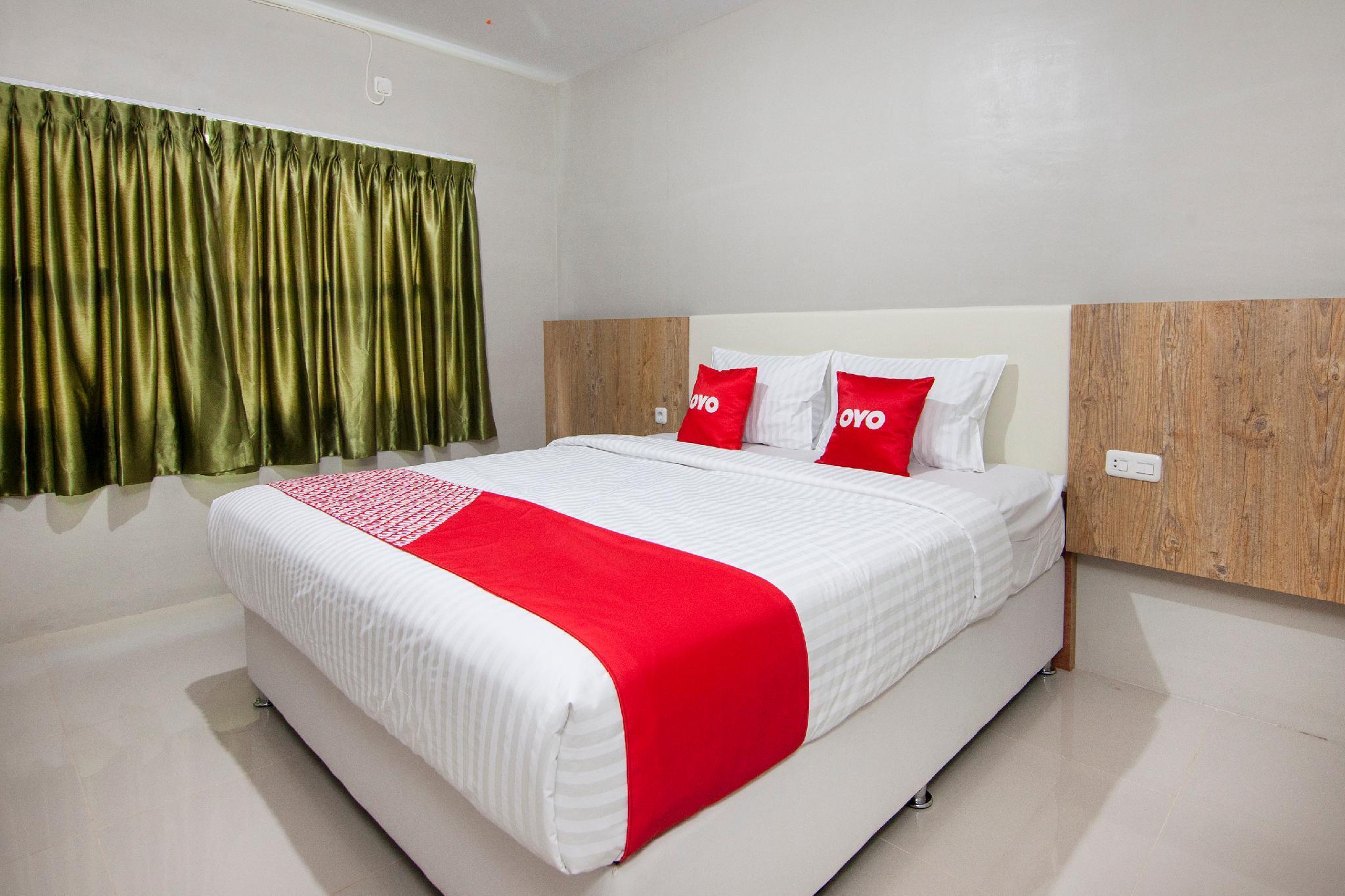 Oyo 1677 Gapura Hotel Parapat Mulai Dari Rp 230693 Agoda Com